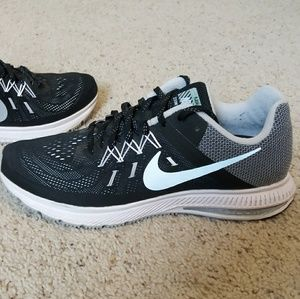 Nike Air zoom winflo 2 excellent condition!